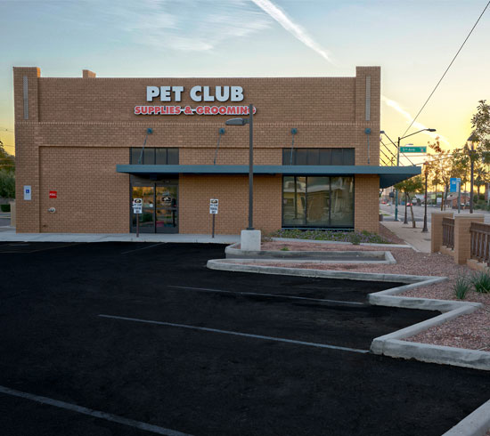 Pet Club store front built by Doege Development